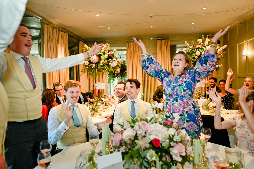 colourful natural wedding reception photography cotswolds