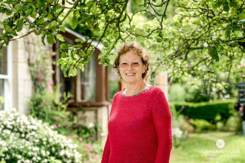 garden portrait cheltenham family photographer