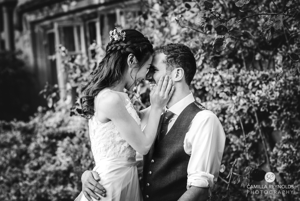 bride and groom natural wedding photography uk