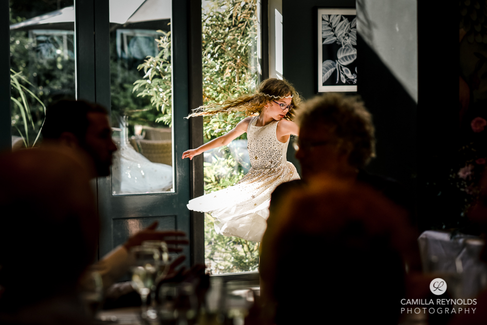 girl dancing gloucestershire natural wedding photography
