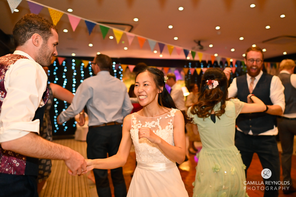 ceilidh barn dancing natural wedding photography cotswolds